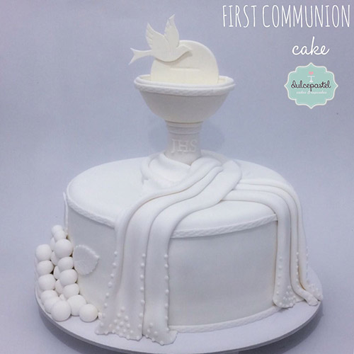 torta primera comunion medellin