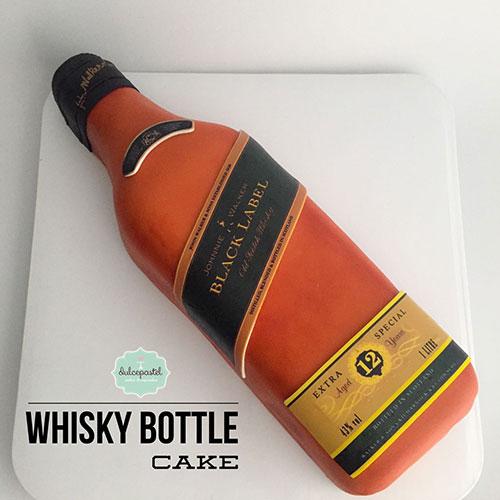 torta botella whisky medellin dulcepastel