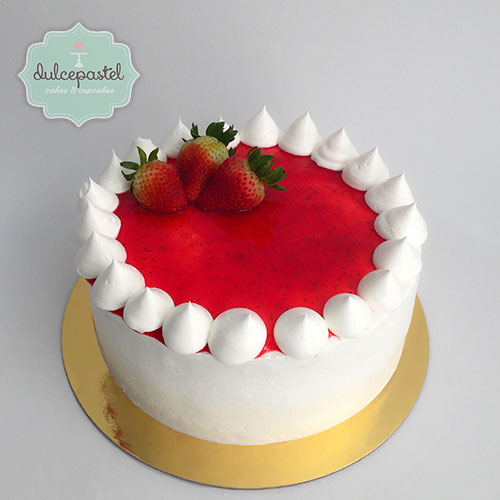 strawberry cake medellin dulcepastel