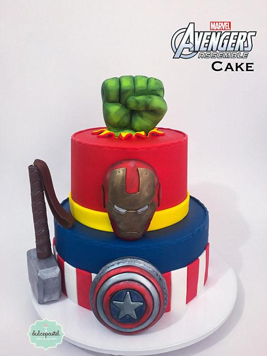 torta avengers medellin dulcepastel