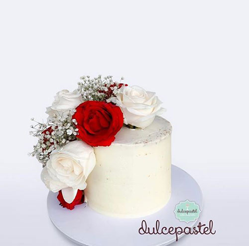 mother-luxury-cake-delivery-medellin